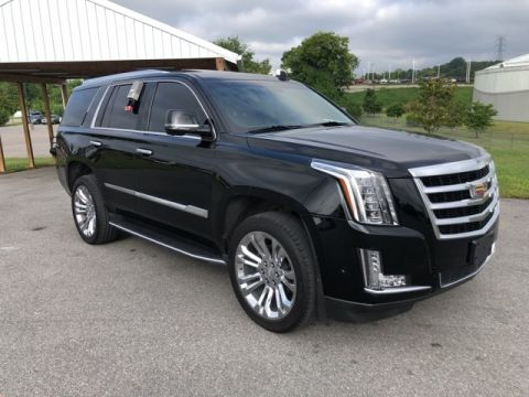Certified Pre-Owned 2017 Cadillac Escalade Premium