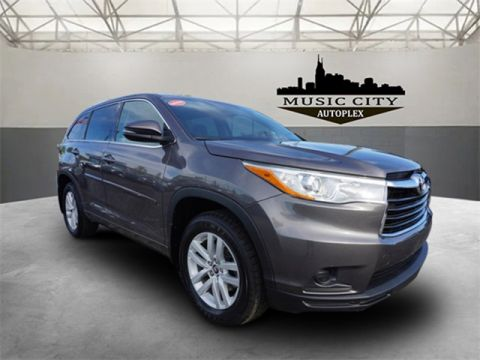 Certified Pre-Owned 2016 Toyota Highlander LE V6